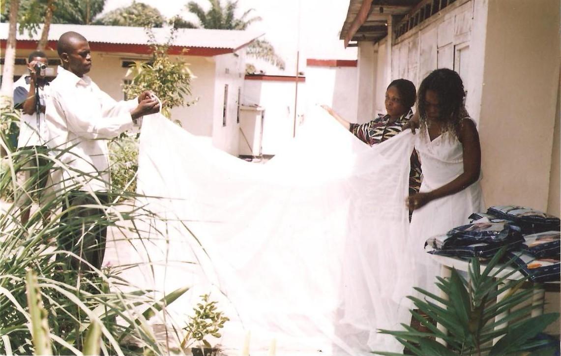 distribution de moustiquaires